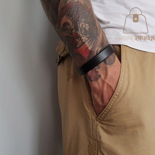 Skórzana bransoletka czarna ręka