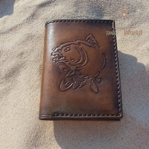 Skórzany portfel tłoczenie ryba