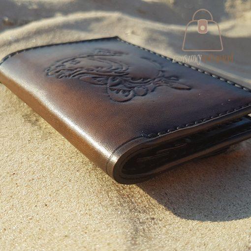 Skórzany portfel tłoczenie ryba róg