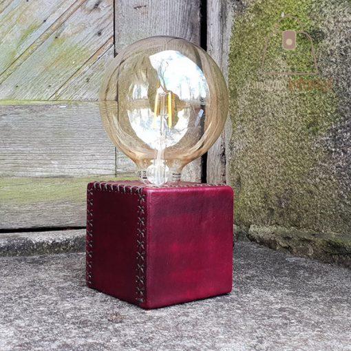 Skórzana lampka szyta ręcznie duża żarówka