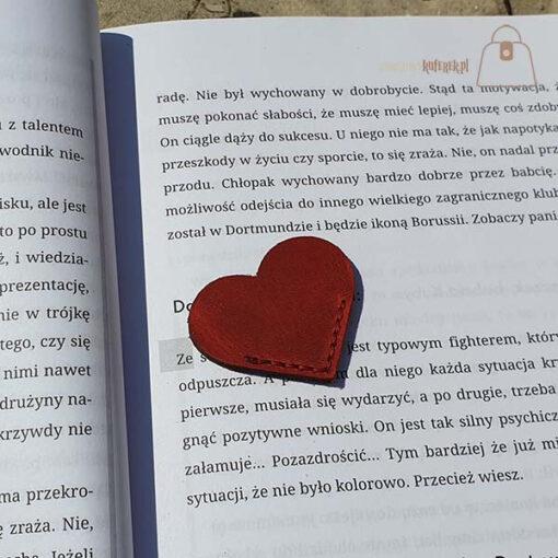Skórzana zakładka do książki serce całe