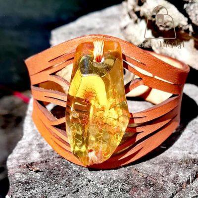 Skórzana bransoletka z bursztynem bałtyckim drzewo