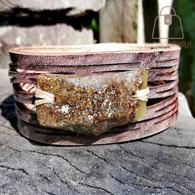 Skórzana bransoletka z bursztynem bałtyckim kora