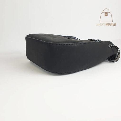 Mała torebka czarna bok