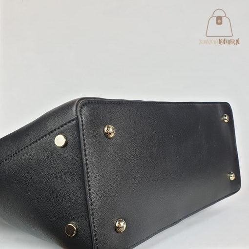 klasyczna torebka damska czarna nóżki