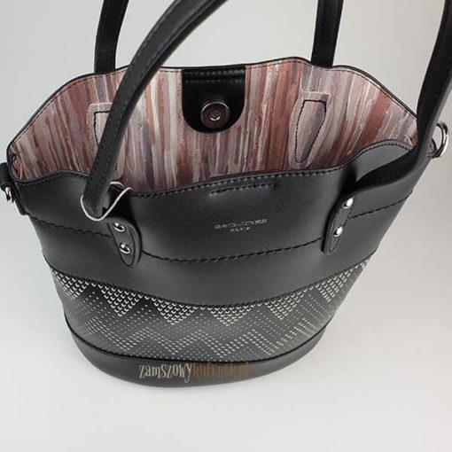 Ażurowana torebka damska z kosmetyczką podszewka