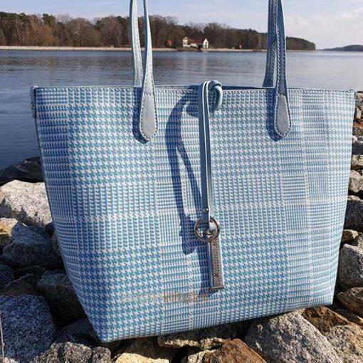 Błękitna torebka David Jones skos