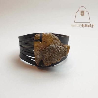 Brązowa bransoletka z bursztynem
