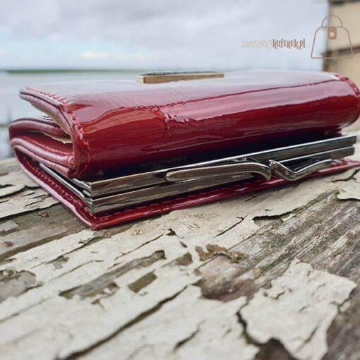 Mały portfel damski ze skóry Lorenti klips