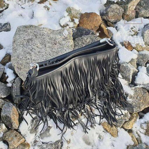 Torebka damska frędzle czarna góra