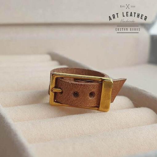 Brązowy skórzany pierścionek złota klamra klamra