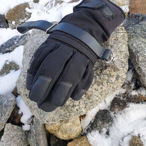 Skórzany pasek na rękawice bok