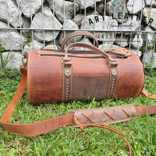 Skórzana torba Arti rozmiar M kieszonka