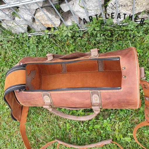 Skórzana torba Arti rozmiar M środek